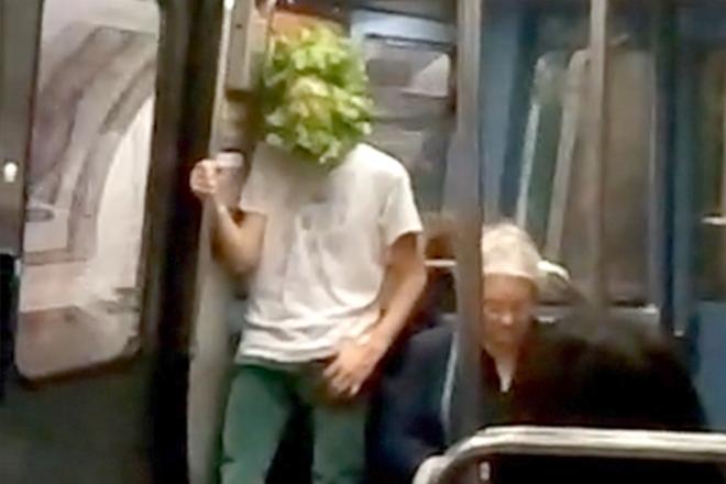 duo oran - au vert - performance metro parisien 2